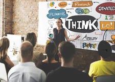 Denken Sie, dass denkende Planung Ideen-Konzept analysieren Lizenzfreie Stockfotos