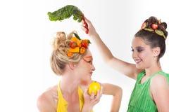 Denken Sie Grün! Schöne Frauen Lizenzfreie Stockfotos