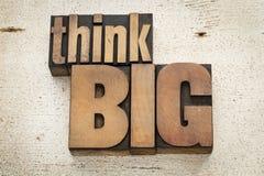 Denken Sie große Motivation Lizenzfreie Stockbilder