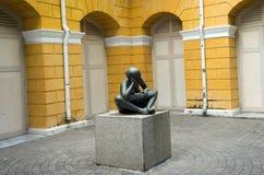 Denkend standbeeld Royalty-vrije Stock Afbeeldingen