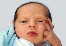 Denkende baby stock afbeeldingen