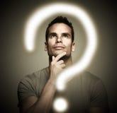 Denkender Mann. Lizenzfreie Stockfotos