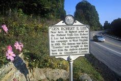 Denkmal des Generals Robert E Lee-Hauptsitze auf szenischer Landstraße US verlegen 60, WV Lizenzfreie Stockbilder