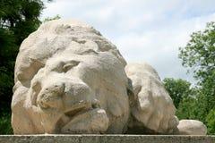 Denkmal des verletzten Löwes in Verdun (Nahaufnahme) Stockbild
