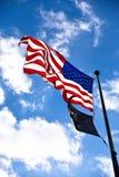 Denkmal des Zweiten Weltkrieges, amerikanische Flagge am Eingang Washington DC, USA Lizenzfreie Stockfotos