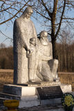 Denkmal des zweiten Weltkriegs in Steshino-Dorf in Smolensk-Bereich stockfotografie