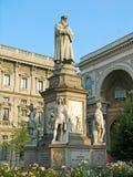 Denkmal LEONARDO auf Marktplatz Della Scala, Mailand Lizenzfreies Stockbild