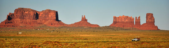 Denkmal-Tal-Navajo-Inder-Stammes- Park-Panorama Stockbilder