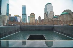 9/11 Denkmal am World Trade Center-Bodennullpunkt Stockfotografie