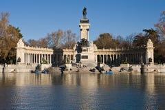 Denkmalal Alfonso XII Stockbild