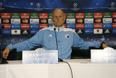 DENMARK_FC KOBENHAVN PRESS CONFERENCE. COPENHAGEN /DENMARK- FC Kobenhavn (FC Copenhagen) head coach Staal Solbakken and middle field player ThomasDelaney hold royalty free stock image