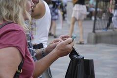 DENMARK_PHOTO FEATURES_LIFE CON GLI SMARTPHONES Fotografia Stock