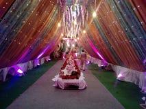 Denna är bilden av att gifta sig garnering som i många använt färgljus royaltyfria bilder