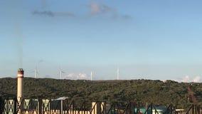 Denna är porten av Mahà ³ n windmills arkivfilmer