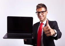 Denna bärbar datordator är ok! Royaltyfria Bilder