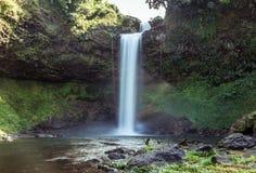 Denna härliga vattenfall som gemensamt är bekant som SHUKNACHARA, FALLER Royaltyfri Foto