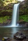 Denna härliga vattenfall som gemensamt är bekant som SHUKNACHARA, FALLER Royaltyfri Fotografi