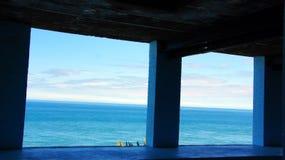 Denna synklina okno na Strumble głowie w Walia Obraz Royalty Free