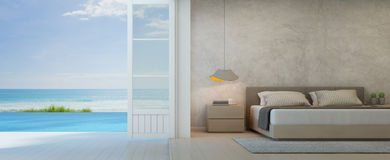 Denna widok sypialnia z tarasem w luksusowym plażowym domu, Nowożytny wnętrze basen willa Obrazy Stock