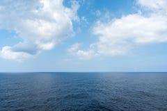 Denny horyzont i chmurny niebo Obrazy Stock