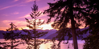 Denny niebo hwy Kanada BC Obrazy Stock