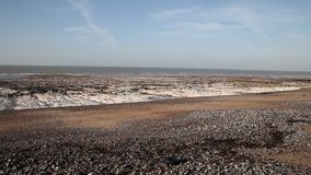 Denny odpływ przy południowym Anglia wybrzeżem. zdjęcie wideo