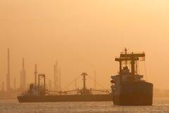 Denny statek i fabryka Obrazy Royalty Free