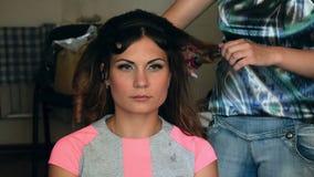 Denominando o cabelo video estoque