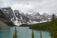 Mountains and lake in Alberta, Canada Royalty Free Stock Photography