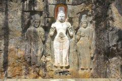 Densned buddisten figurerar 2, den Buduruwagala templet, Sri Lanka Arkivfoto