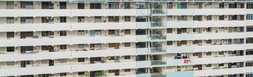 Denso esteriore del complesso condominiale di HDB a Singapore Fotografie Stock