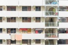 Denso esteriore del complesso condominiale di HDB a Singapore Fotografia Stock Libera da Diritti