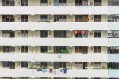 Denso esteriore del complesso condominiale di HDB a Singapore Fotografia Stock