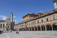 Denstil kyrkan av San Francesco Arkivbild