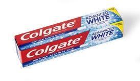 Dentífrico de Colgate, branco avançado da sensação, isolado no branco Fotos de Stock Royalty Free