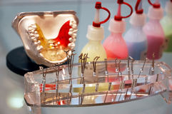 Dental tools and denture Royalty Free Stock Photography