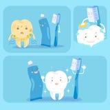 Dente com escova de dentes e dentífrico Imagem de Stock