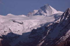 Dente D'Herens e geleira das minas de Mont fotos de stock