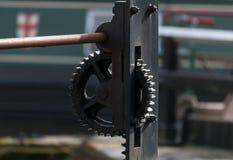 Dente del sistema d'ingranaggi del metallo fotografie stock libere da diritti