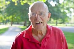 Dente mancante dell'uomo anziano Fotografia Stock