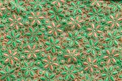 Dentelle verte sur le fond blanc Aucune n'importe quelle marque déposée ou ne limitent la matière en cette photo Images libres de droits