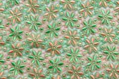 Dentelle verte sur le fond blanc Aucune n'importe quelle marque déposée ou ne limitent la matière en cette photo Images stock