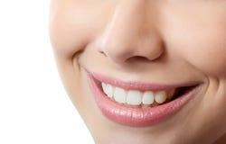 Dentes saudáveis e sorriso da mulher Foto de Stock Royalty Free