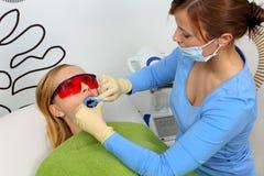 Denti che imbiancano Fotografia Stock