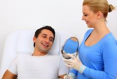 Denti che imbiancano Immagini Stock