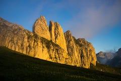 Denti dei picchi di montagna a forma di Fotografie Stock Libere da Diritti