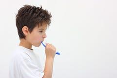 Denti di lavaggio del ragazzo Immagine Stock Libera da Diritti