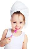 Denti di spazzolatura della ragazza Fotografie Stock Libere da Diritti