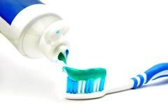 Dentifricio sulla spazzola Fotografia Stock