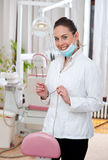 Dentista de la mujer Imágenes de archivo libres de regalías